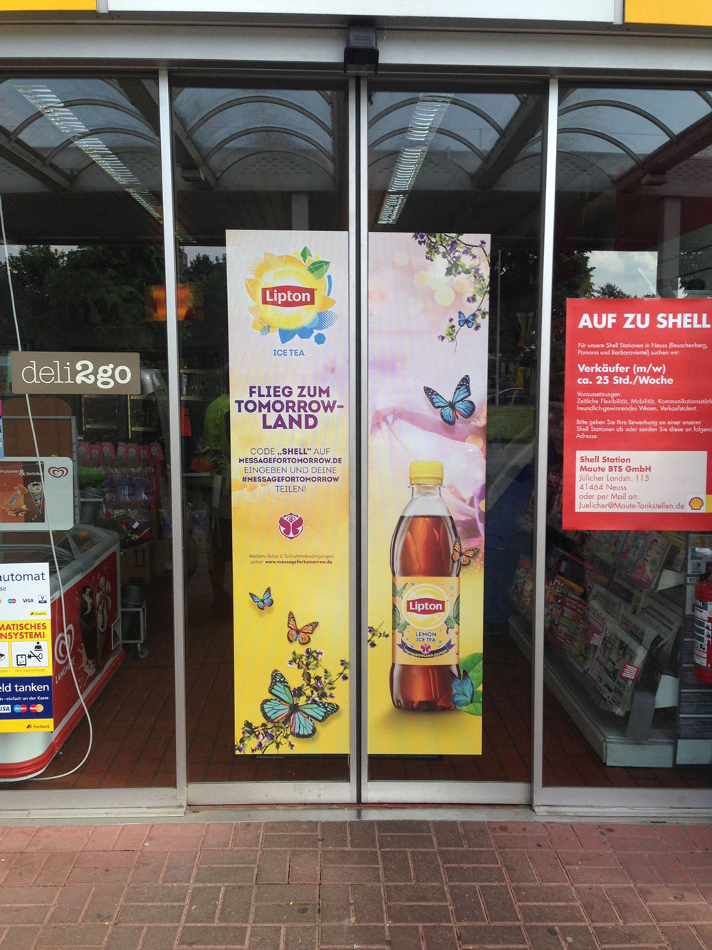 Shell Doorgraphics Lipton