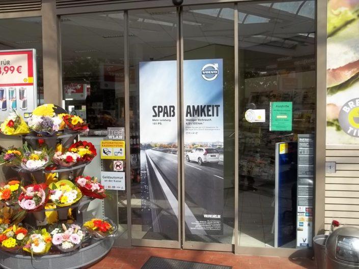 Shell Doorgraphics Volvo bei ISM